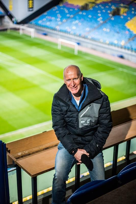 Sportcommentator van de NOS Jan Roelfs.