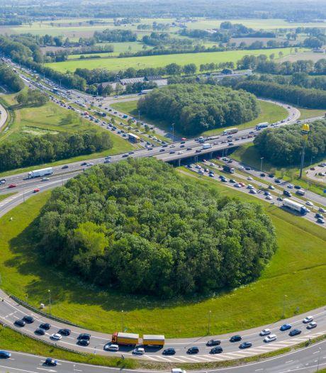 Dit project van 83,5 miljoen euro moet einde maken aan file-ellende A1-A30 bij Barneveld