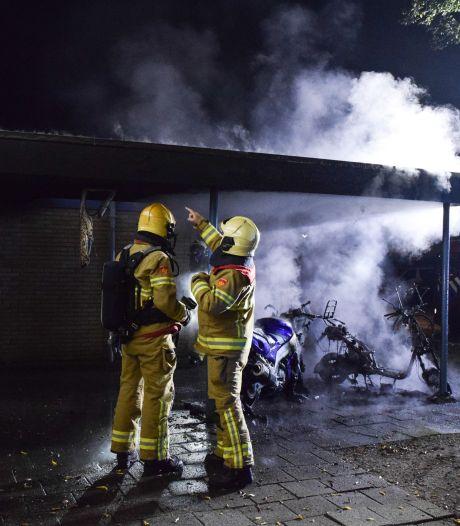 Uitgebrande scooters zoveelste incident in Doetinchemse wijk Overstegen