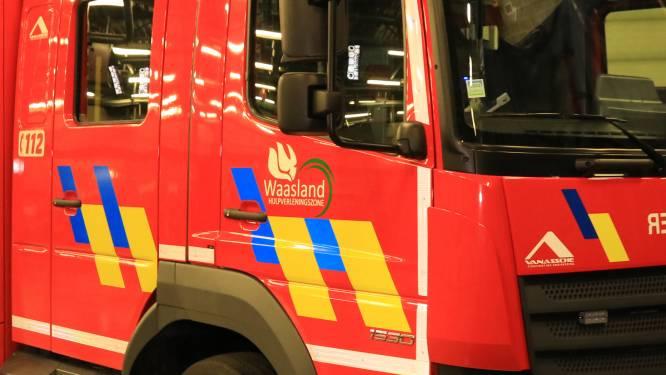 Auto gaat in vlammen op in Cadzandstraat