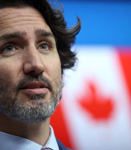 """Stupeur au Canada: des """"centaines de tombes"""" découvertes près d'un pensionnat pour autochtones"""
