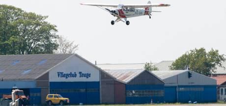 Parachutespringen op Teuge blijft de komende jaren mogelijk