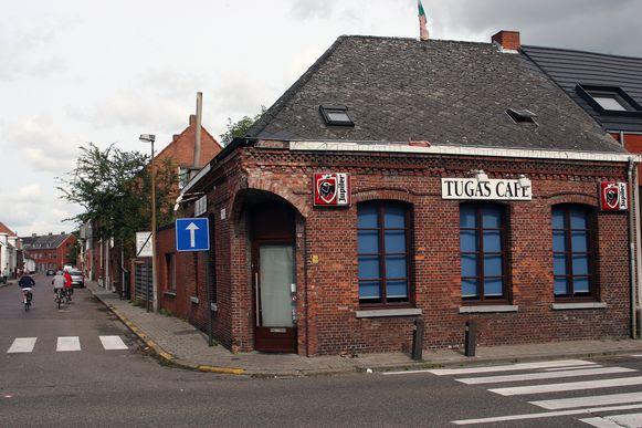 Het voormalige café Tugas in de Gelmelstraat.