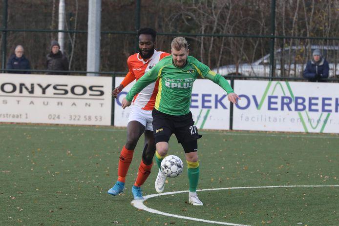 Het Nijmeegse Orion en het Beekse BVC'12 (groen shirt) waren titelkandidaat. Beide grijpen naast promotie.