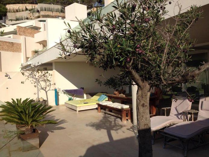 Villa in Roca Llisa. Dit is niet de villa waar het artikel over gaat.