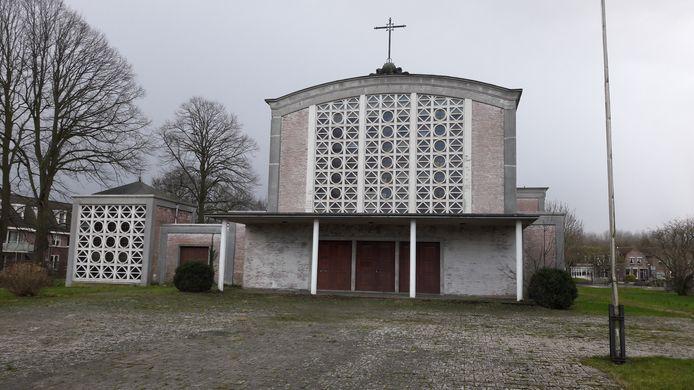 De Stephanuskerk in Moerdijk komt in handen van de gemeente en dat maakt de weg vrij voor een nieuw dorpshart.