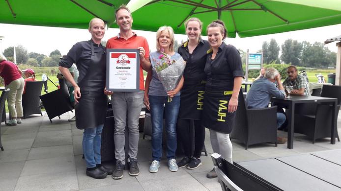 De Maria Johanna Hoeve in Noordeloos eindigt op de tweede plek in de Terrassentrofee 2017.