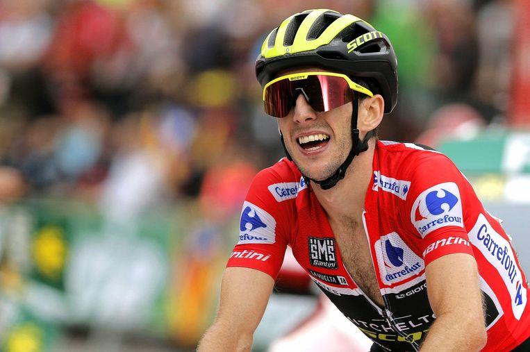 Simon Yates tijdens de voorlaatste etappe zaterdag.  Beeld EPA