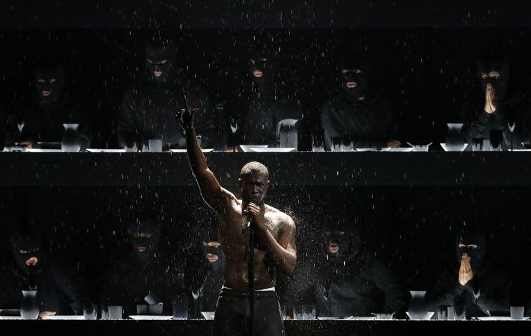 Rapper Stormzy haalde uit naar Theresa May op de BRIT Awards. Beeld AFP