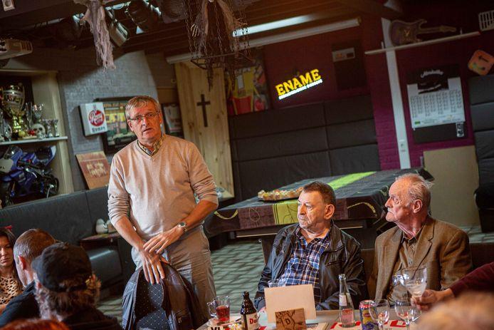 Vlaams volksvertegenwoordiger Jan Laeremans steunt de doorstart van de Liedekerkse afdeling.