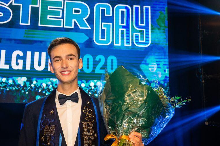 Winnaar Joren Houtevels viert zijn verkiezing tot Mister Gay Belgium 2020 in Antwerpen. (17/10/2020) Beeld BELGA