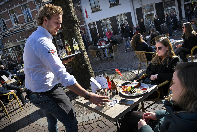 Protestactie in Breda tegen de lockdownregels voor de horeca. Beeld Marcel van den Bergh / de Volkskrant