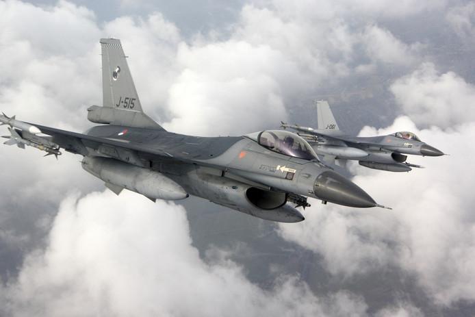 Twee F16's
