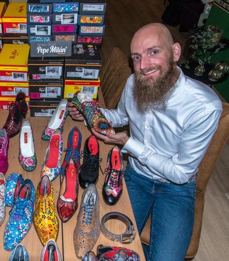 Modern 'ANWB-koppel' John en Marjolijn heeft bonte verzameling schoenen: 'Al vóór Hugo de Jonge'