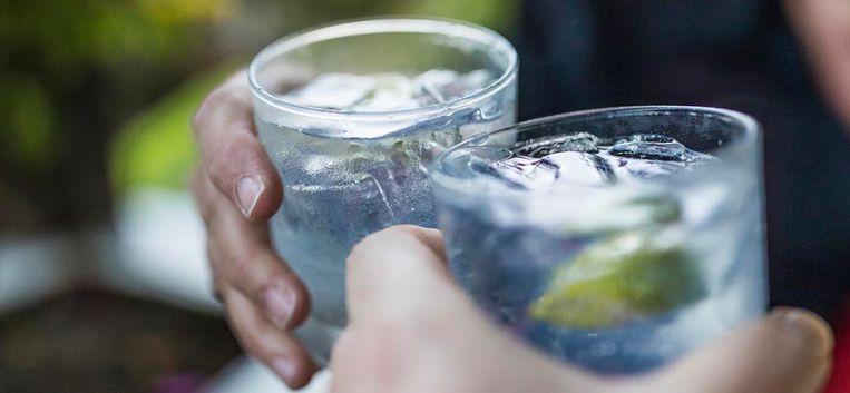 Tessel is nog voor de tweede gin tonic licht in haar hoofd – deel 3