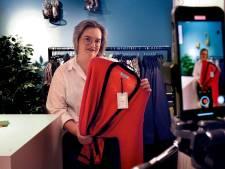 Van mini-modeshows tot beeldbellen met klanten: zo hebben deze ondernemers toch nog klandizie