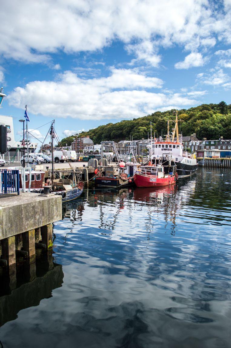 De haven van Rothesay, waar ook de ferry aanmeert. Beeld Getty images