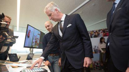 VIDEO: Koning maakt beelden van paleis... studenten gaan er mee aan de slag!