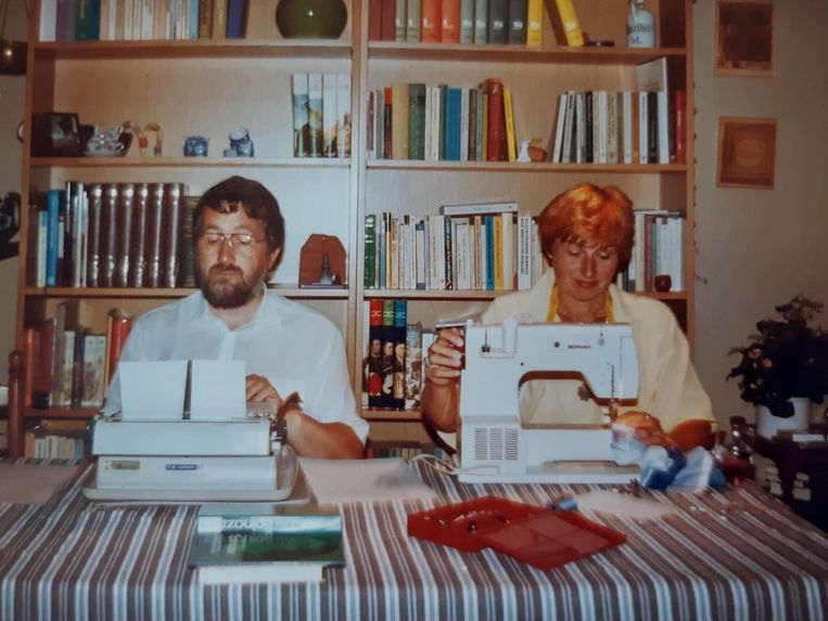Cees den Heyer en zijn Adry, aan de slag in de jaren tachtig. Beeld