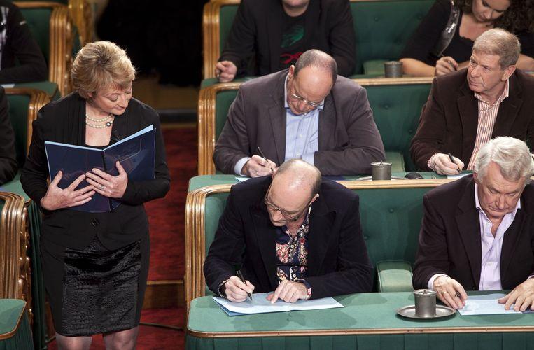 Martine Tanghe presenteert het 'Groot dictee der Nederlandse Taal'. Beeld ANP