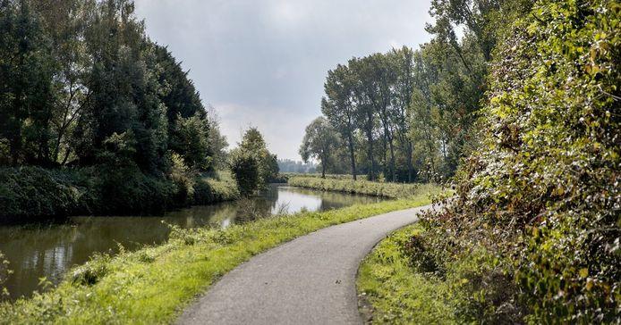 De Dender loopt als een rode draad door de fietsroutes in de Denderstreek.