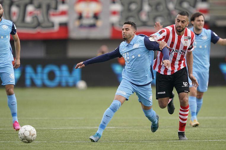 Adam Maher (FC Utrecht, links) in duel met Adil Auassar van Sparta Rotterdam. Beeld ANP