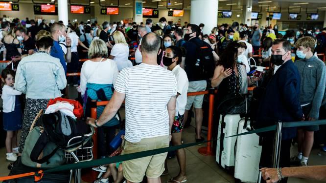'Chaos in Portugal door massale uittocht Britse vakantiegangers'