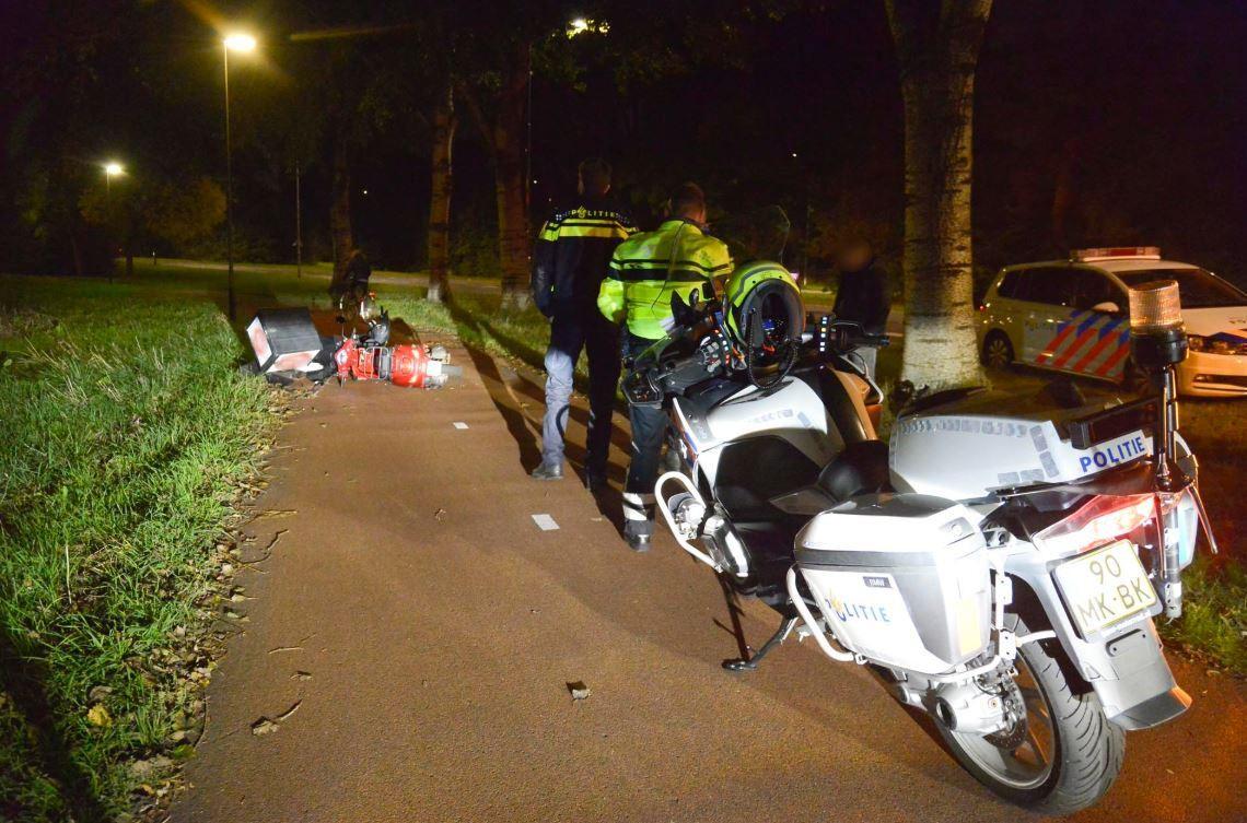 Ongeluk tussen twee scooterrijders op de Emerparklaan in Breda