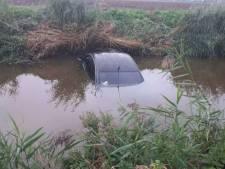 Verdwaalde bestuurder denkt binnendoorweg gevonden te hebben, maar rijdt recht een sloot in bij Bant