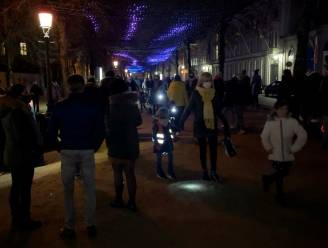 """""""Kom niet allemaal in het weekend naar Wintergloed"""": Brugse politie doet duidelijke oproep na volkstoeloop richting lichtfestival"""