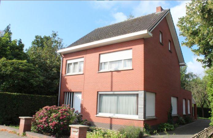 Het huis op de Berckhovenstraat 19 doet dienst als inleefhuis voor middelbare scholieren uit de derde graad.