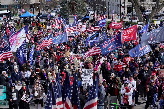 Bij de 'Million MAGA March' uiten Trumpaanhangers hun onvrede over de uitslag van de verkiezingen.