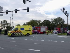 Meisje gewond bij aanrijding in Enschede, verkeer wordt omgeleid