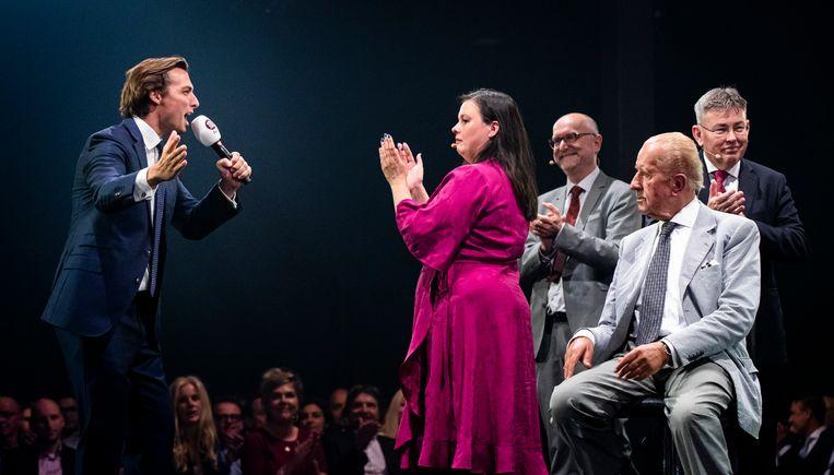 Thierry Baudet, Annabel Nanninga, Paul Cliteur, Theo Hiddema en Derk Jan Eppink (v.l.n.r.) tijdens een FvD-bijeenkomst in Taets.  Beeld Hollandse Hoogte /  ANP