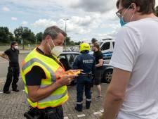 Duitsland neemt z'n coronaregels serieus: zo verlopen steekproeven bij grensovergang De Lutte