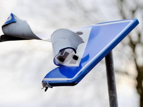 Schade rond jaarwisseling in Flevoland-Kampen loopt op tot tienduizenden euro's