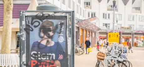 Verkiezingsposters in Woerden beklad: Rutte, PvdA en Volt doelwit