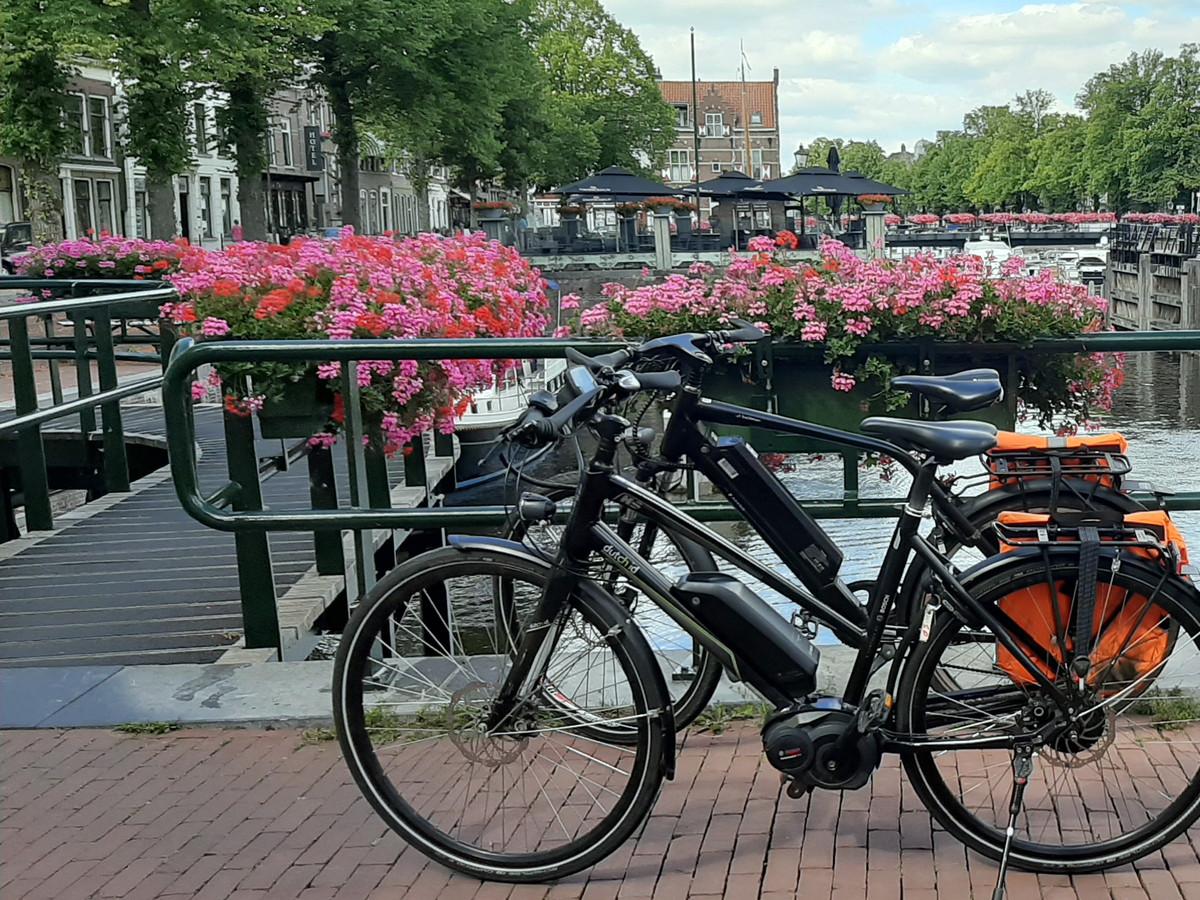 De opmars van de snelle pedelec-fietsen vraagt om meer snelle fietsroutes.