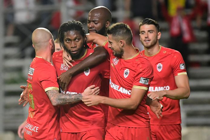 Defour, Mbokani, Lamkel Zé, Mirallas en Hoedt.