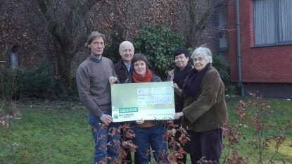 Voettocht van 40 kilometer door SMI-leerlingen levert 2.200 euro op voor vzw 't Nest
