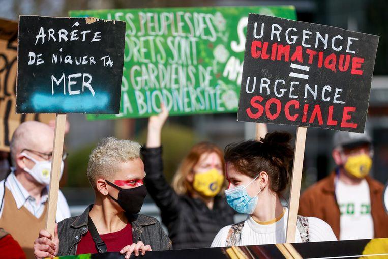 Klimaatactivisten demonstreren in Brussel, begin deze maand.  Beeld EPA