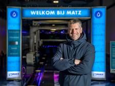 Deventer wasstraat-baas Martin Kniest wil branche wakker schudden na succes van tv-serie: 'Tijd voor verandering'