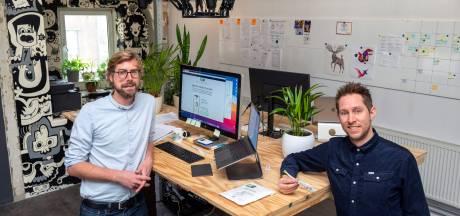 Zonnepanelen-app van Arnhemmers Roel en Luuk biedt helder inzicht; hoeveel levert het nu op?