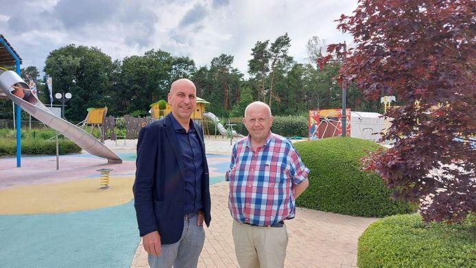 Jan Cools en Rik Wijnants in de speeltuin van De Kaasboerin.