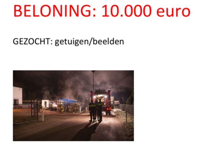 Dogmeat BV in Ossendrecht, waar zaterdag 9 januari twee bedrijfswagens uitbrandden, looft een beloning van 10.000 euro uit voor tips die leiden naar de daders.