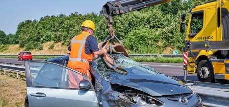 Weg weer vrij nadat auto in middenberm belandt op de A58 bij Ulvenhout