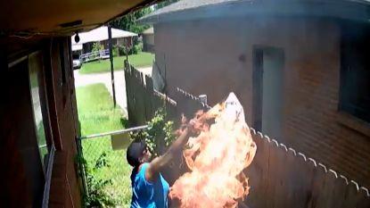 Vrouw start brand en wordt betrapt door eigen camera