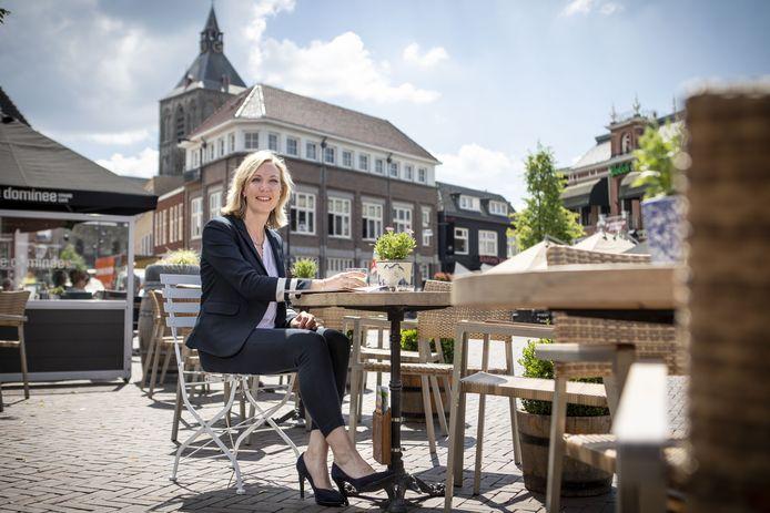 Wethouder Evelien Zinkweg van Oldenzaal.