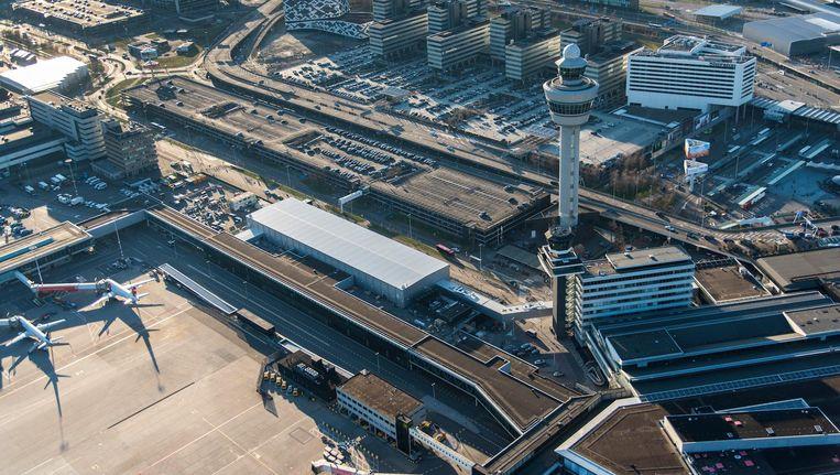 Een luchtfoto van Schiphol. Beeld anp