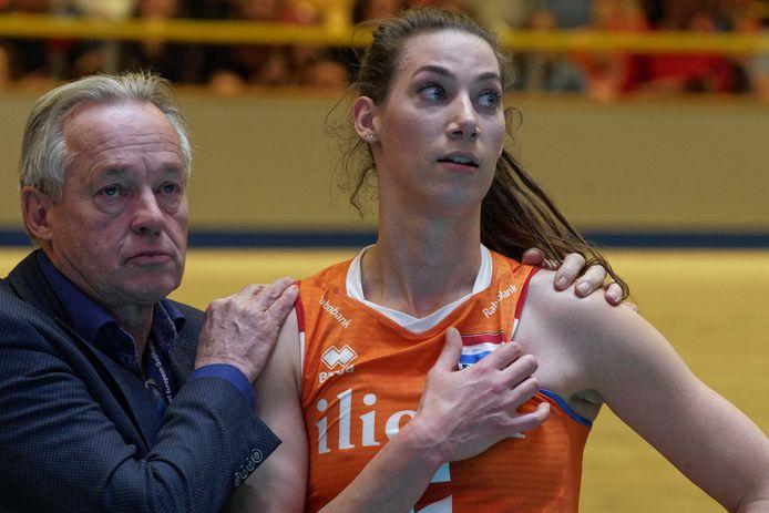 Joop Alberda begin vorig jaar met Oranje-international Robin de Kruijf en Joop Alberda van Oranje na het verlies in de halve finale van het OKT.